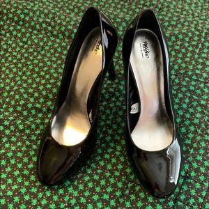 Mossino black patent heels size 10